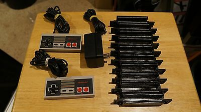 Nintendo NES SNES Lot 10 Used 72 Pin Connectors NES Controllers For Parts