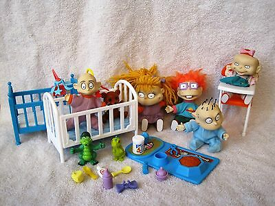 Beautiful - Lot Of 22 Rugrats & Accessories - Great Gift Item - Great Condition!