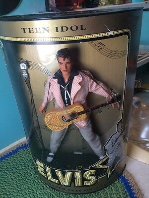 ELVIS PRESLEY DOLL - TEEN IDOL Collector Doll THE SUN NEVER SETS ON A LEGEND