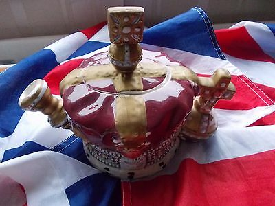 Leonardo Ornamental Teapot of the Queens Crown===Good Condition