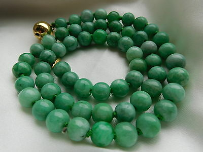 Jade Kette, Gold 375, antique chinese apple green Jade Necklace