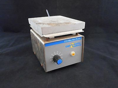 VWR 210 Mini Hot Plate 115 AC Volts 325 Watts 50/60Hz 1 Phase 33918-556