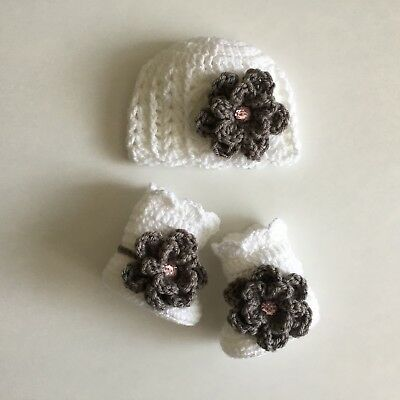 Newborn Baby Girl Flower Hat and Booties Crochet Photo Prop Gift Knit Outfit