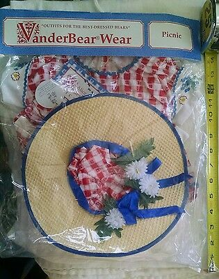 VANDERBEAR  WEAR PICNIC NAB  ALICE  Dress and Hat  Retired 1992