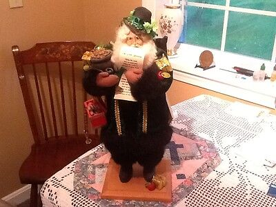 Lynn Haney Santa St. Patty 1997 18 inches signed