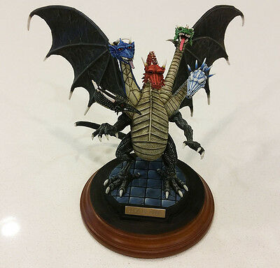 Ral Partha - 01-504 Dragonlance - Takhisis Queen of Darkness - Painted AD&D Mini