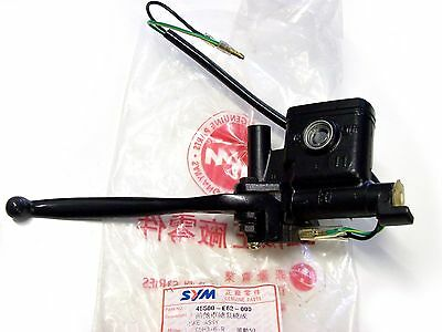 SYM Super Fancy 50 VACUUM BRAKE PUMP Right Complete et-nr : 45500-e62-000