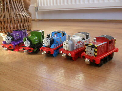 Take Along n play Thomas Tank Engine & Friends - BUNDLE OF TRAINS - POST DISCS