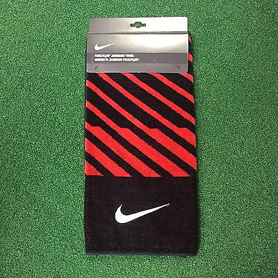 BN Nike Club/Face Towel Black/Red