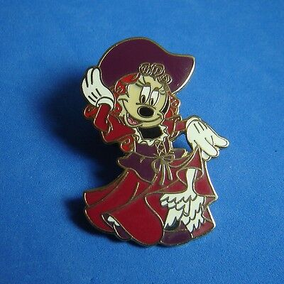 Redhead Pirate Minnie Mouse Pirates of the Caribbean Disney Pin