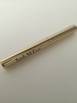 NEW FULL SIZE TRISH McEVOY 24-HOUR EYESHADOW & LINER - TOPAZ