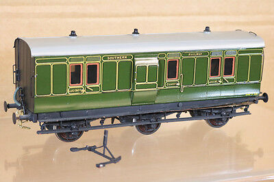 LAWRENCE SCALE MODELS O GAUGE KIT BUILT SOUTHERN SR 6 WHEEL LUGGAGE COACH nk