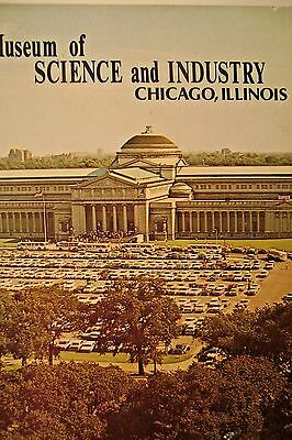 Vintage  Museum  Of Science And Industry - Chicago,  Illinois - Souvenir Booklet