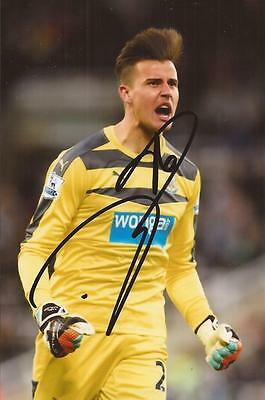 NEWCASTLE: KARL DARLOW SIGNED 6x4 ACTION PHOTO+COA