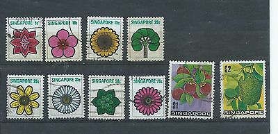 Singapore stamps. 1973 Flowers, plants & fruit part series used. (Y062)