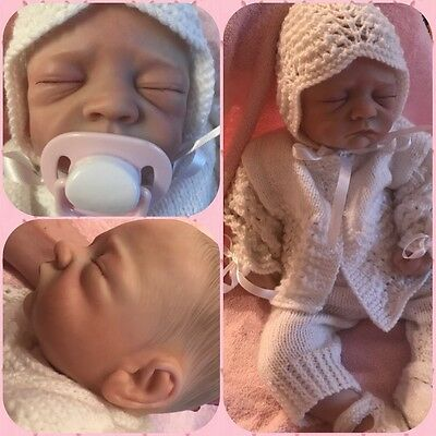Beautiful Baby Reborn Doll Lifelike Realistic With Knitted Outfit Dummy REDUCED!