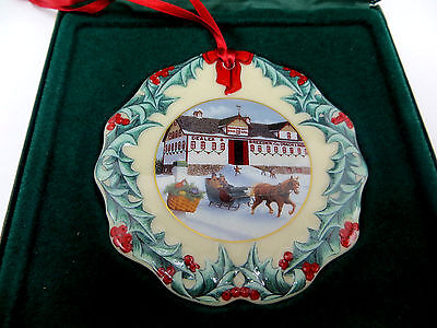 Longaberger Collectors Club 1999 Christmas Ornament - NEW in Box