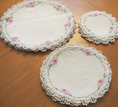 Antique Vintage Placemats Doilies Coasters Doily Linen 18 pc Luncheon Set