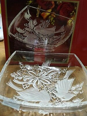 """Gorham Holiday Traditions Christmas Cardinals 8"""" Square Bowl in Box"""