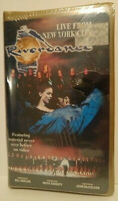 RIVERDANCE Live From NEW YORK CITY (VHS, 1998, Clam Shell Case) Musical NEW