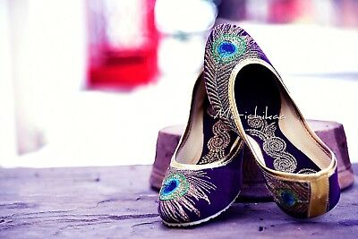 3a674e44c1513 HANDMADE BRIDAL SHOE Women Punjabi Jutti Peacock Embroidered Velvet Mojari