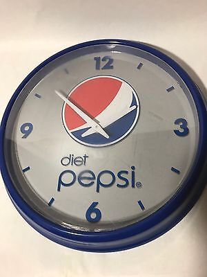 DIET PEPSI Round Hanging Wall Clock Plastic Battery Operated RARE!