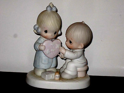 Precious Moments  He's The Healer Of Broken Hearts 100080 Excellent Condition