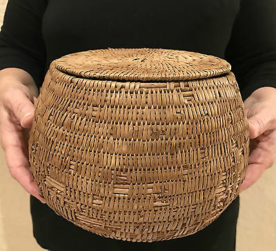Great Native Indian Shoshone Bannock Utilitarian Willow Lidded Storage Basket