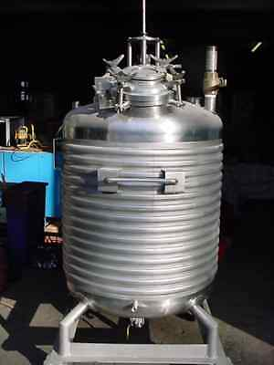 158 gallon 600 liter  STAINLESS STEEL JACKETED REACTOR VACUUM RATED REDUCED