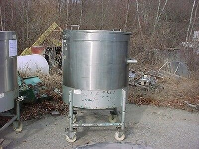 180 gallon 316 STAINLESS STEEL TANK portable on wheels