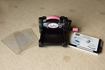 Sizzix Big Shot Machine- Great Condition! Die cutting Card Making Paper Cutting