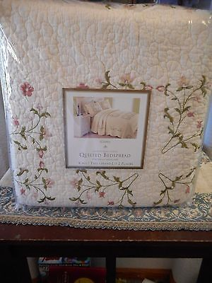 """Quilted Bed Spread Cheryl  King Size 120""""x118"""" NEW (Shams not included)"""
