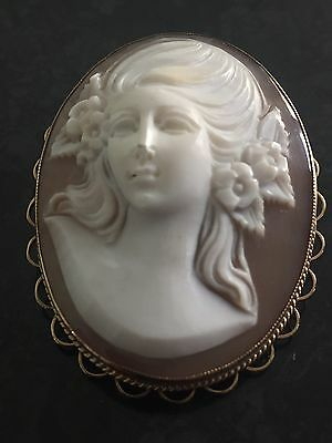 Vintage Large Carved Shell Classical Cameo Brooch Pendant 9K Yellow Gold Frame