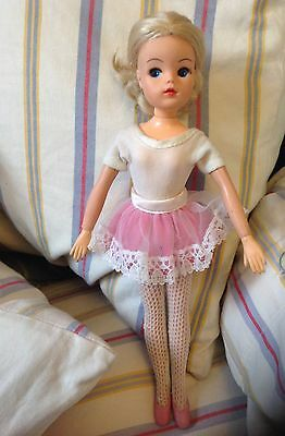 Vintage Sindy Blonde Active Ballerina Doll Pedigree Posing Joints And Ankles