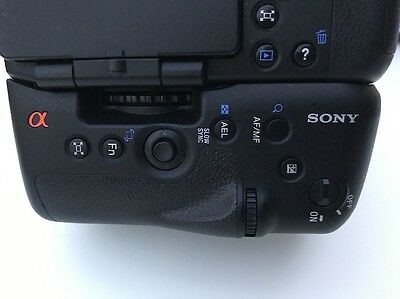 Sony A77 Battery Grip