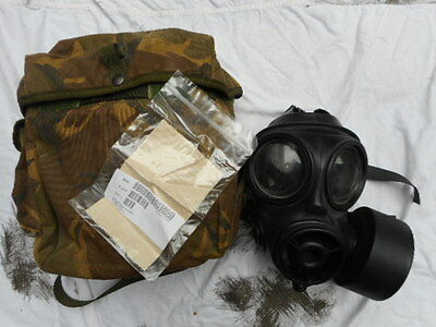 AVON 1991 BRiTiSH army issue RESPIRATOR GAS MASK S10 s 10 SIZE 4 s & PLCE POUCH