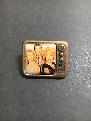 BEWITCHED T.V PHOTO BADGE FROM 1970's