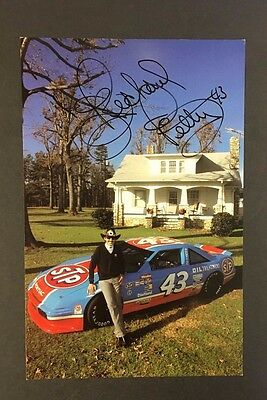 1990 Richard Petty Personally Autographed promo Card From Final Year Racing VTG