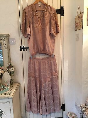 Vintage Style Ladies 2 Piece Suit Top & Skirt Beige + Embroidery - Size 14 to 16