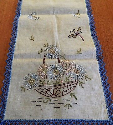 Antique Vintage Table Runner Dresser Scarf Arts & Crafts Hand Embroidered