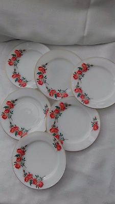 Vintage pyrex - 6 tea plates with red rose pattern - diameter 6.5 inches