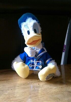Donald duck plush toy
