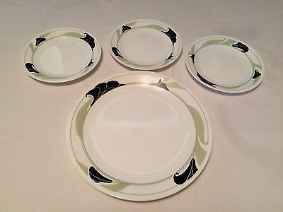 Corning Corelle Black Orchid 3 Bread & Butter Plates, 1 Dinner Plate Green Leaf