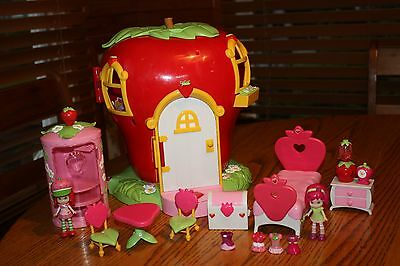 Strawberry Shortcake Berry Sweet Home Lot House Furniture Accessories Dolls 2003