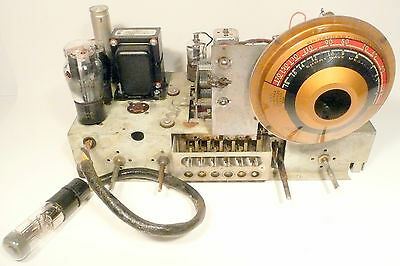 vintage* Art Deco Classic EMERSON BU229:  Working AM & SW Recapped CHASSIS