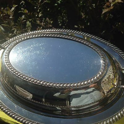 Wm Rogers silver plate handled vegetable bowl/tureen with lid