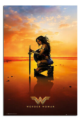 Wonder Woman Kneel Poster New - Maxi Size 36 x 24 Inch