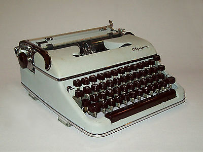 Old vtg 1950s Olympia SM3 Portable Typewriter West Germany Works Great W/Case