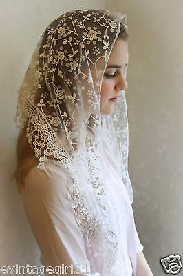 NEW Classic Mantilla White Embroidered Chapel Veil Triangle