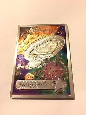 Star trek voyager Plaque Die Cast Model (Very rare and in Mint condition)